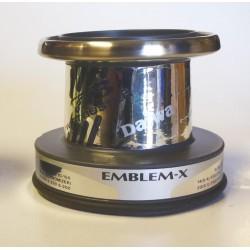 BOBINA DAIWA EMBLEM X 5000 GRIS